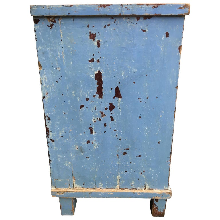 Pine Early 19th Century Swedish Chest of Drawers with Original Blue Scraped Paint For Sale