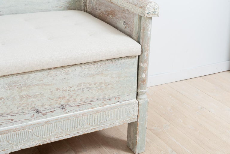 Early 19th Century Swedish Gustavian Provincial Sofa For Sale 8