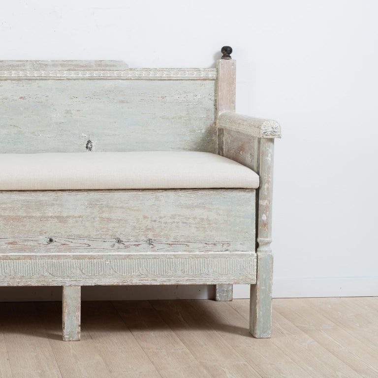 Early 19th Century Swedish Gustavian Provincial Sofa For Sale 1