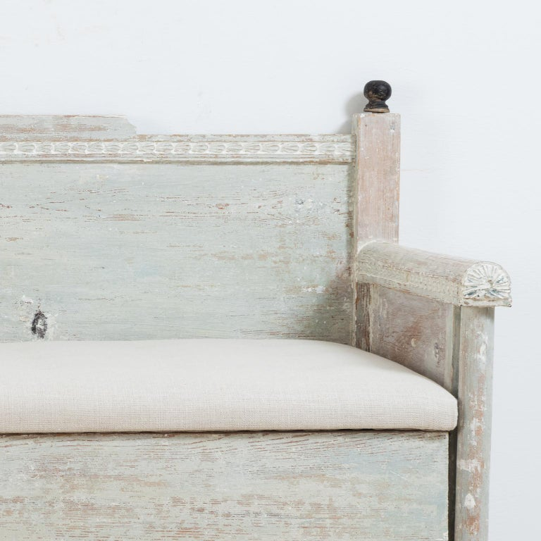 Early 19th Century Swedish Gustavian Provincial Sofa For Sale 2