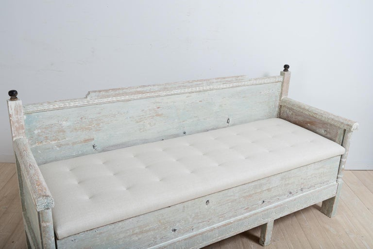 Early 19th Century Swedish Gustavian Provincial Sofa For Sale 5