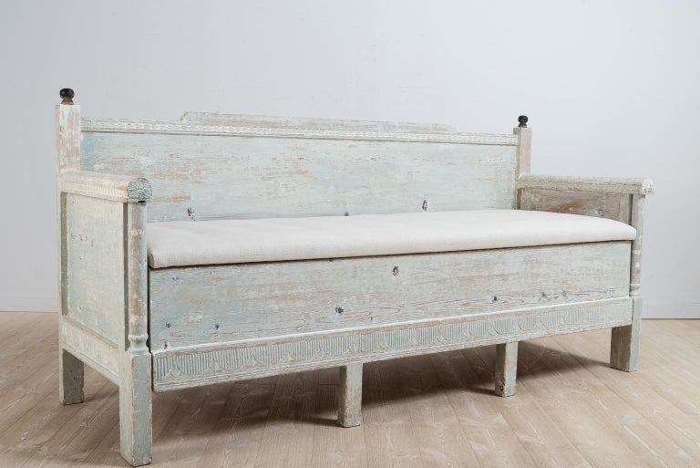Early 19th Century Swedish Gustavian Provincial Sofa For Sale 6