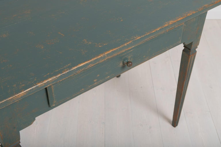 Early 19th Century Swedish Gustavian Side Table For Sale 5