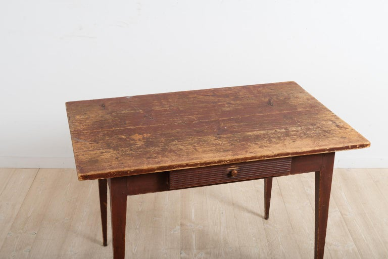 Pine Early 19th Century Swedish Provincial Gustavian Desk For Sale