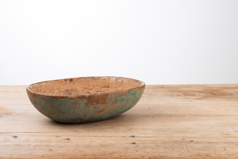Swedish wooden bowl from the early 1800s. The bowl is in original condition, with good patina and the original paint. Because the bowls were used in the household for preparation and storing of food they were considered appliances. Appliances were