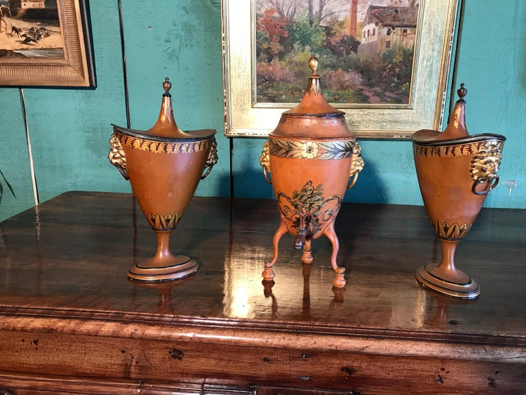 19th Century Three  English Regency Garniture Chestnut Urns tole Tea Urn LA In Good Condition For Sale In West Hollywood, CA