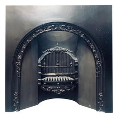 Early 19th Century Victorian Arched Cast Iron Fireplace Insert