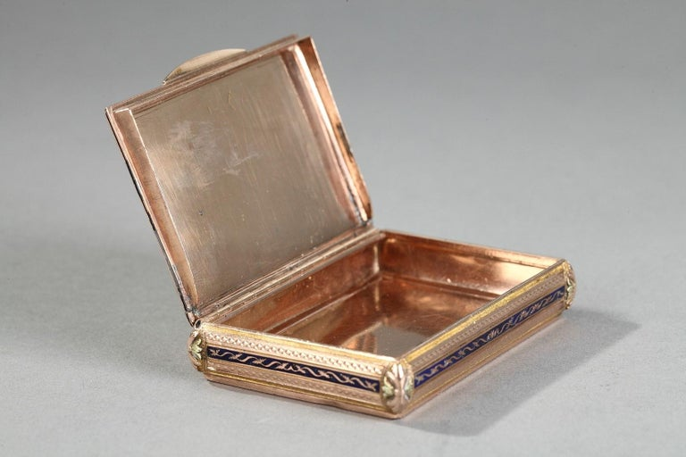 Early 19th Century Gold and Enamel Box, Swiss Work In Good Condition For Sale In Paris, FR