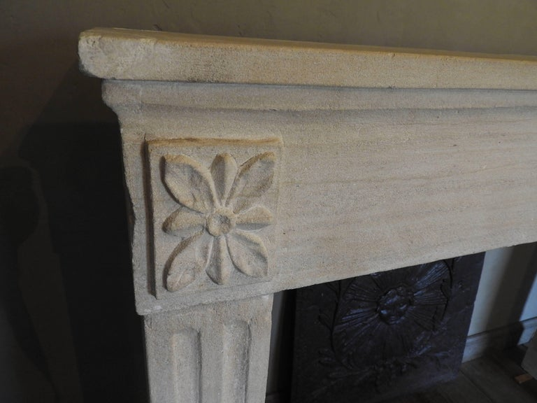 European Early 19th-Late 18th Century Louis XV Fireplace in French Limestone  For Sale