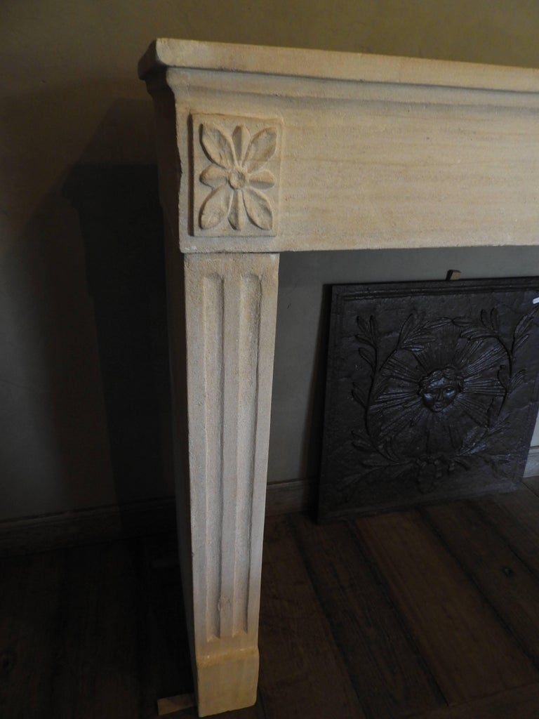 Hand-Carved Early 19th-Late 18th Century Louis XV Fireplace in French Limestone  For Sale