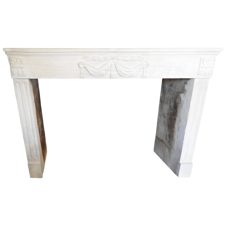 Early 19th-Late 18th Century Louis XV Fireplace in French Limestone  For Sale