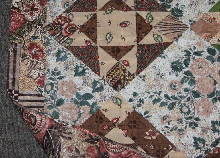 Early 19th Century Chintz Stars from Lancaster, Pennsylvania In Good Condition For Sale In Los Angeles, CA