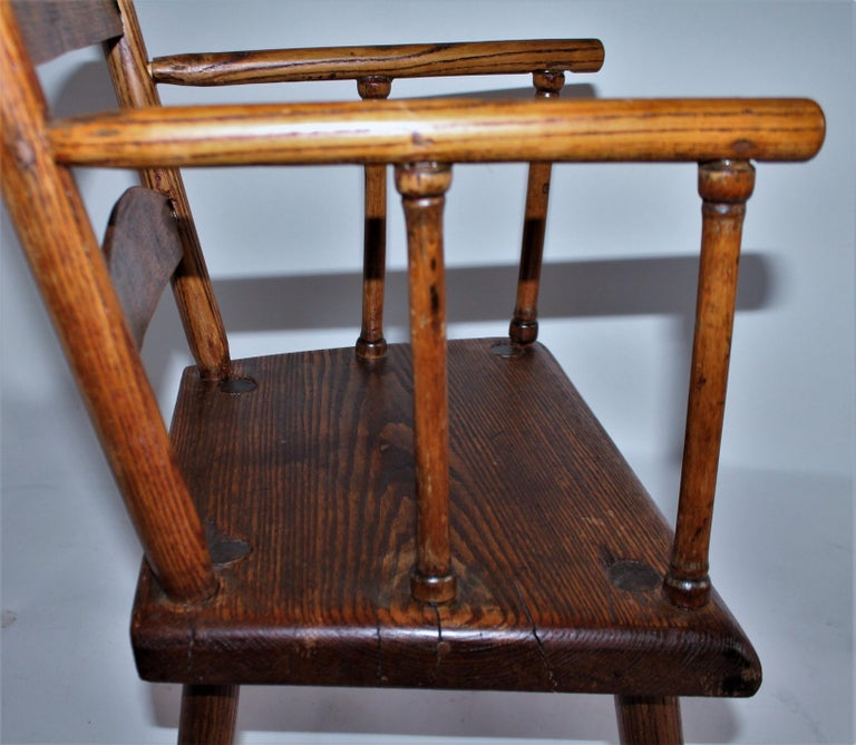 Hand-Crafted Early 19th Century New England Child's Chair For Sale