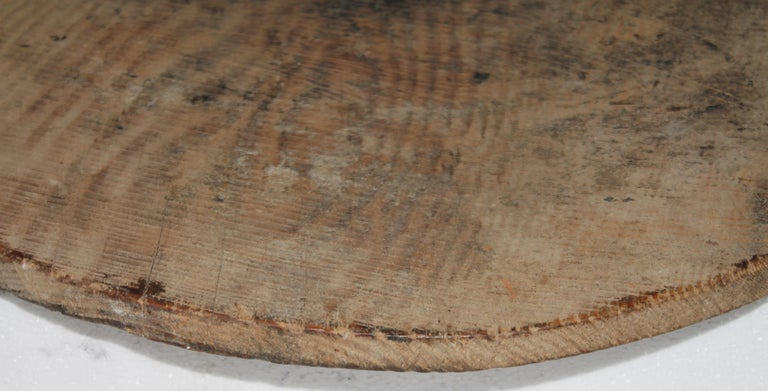 Early 19thc Pine Cutting Board In Good Condition For Sale In Los Angeles, CA