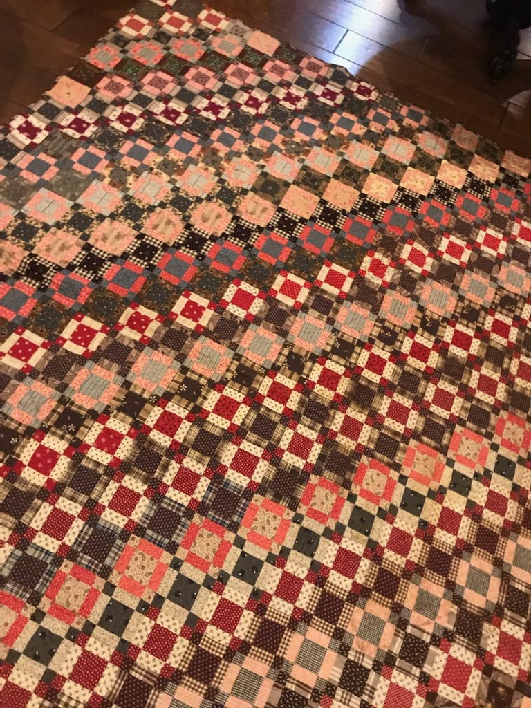 Early 19th Century Quilt, Mini Pieced Nine Patch from Pennsylvania For Sale 1