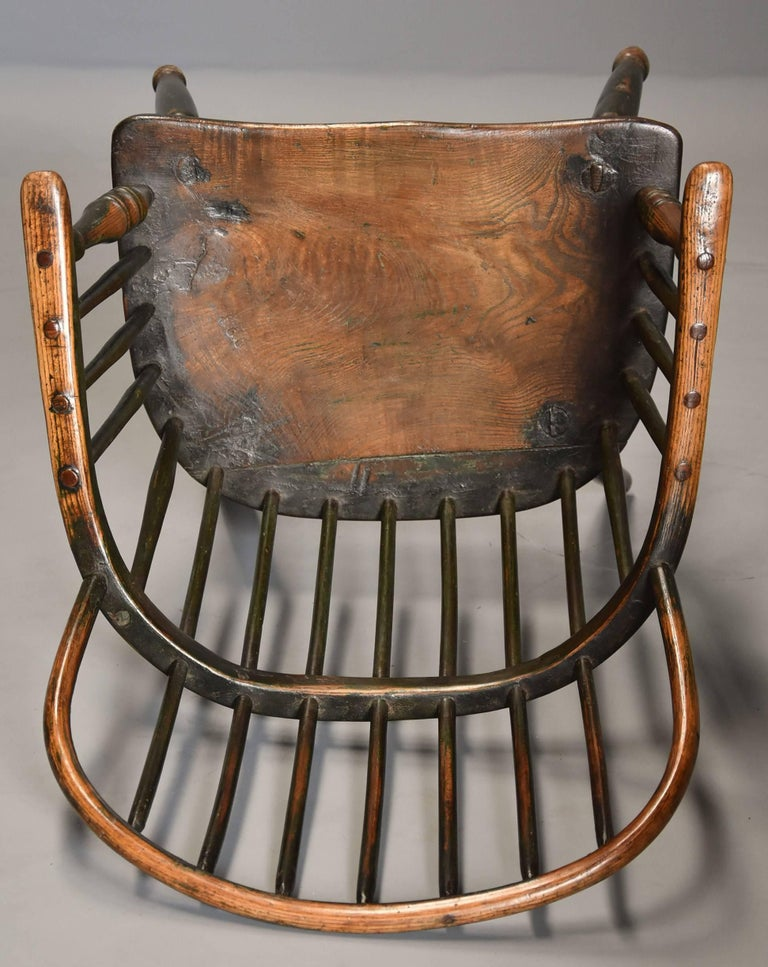 Early 19th Century West Country Ash Hoop Back Windsor Chair For Sale 3