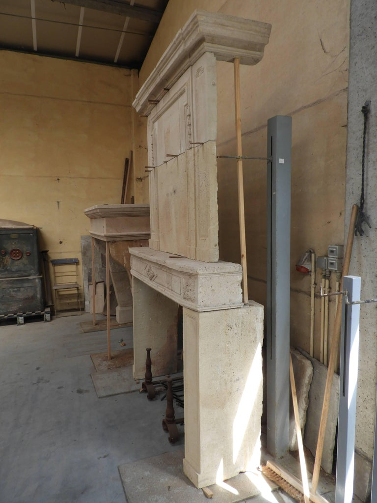 Early 19the Century Louis XVI Fireplace in French Limestone For Sale 12