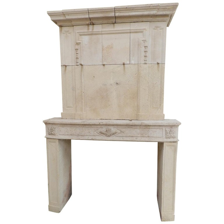 Early 19the Century Louis XVI Fireplace in French Limestone For Sale