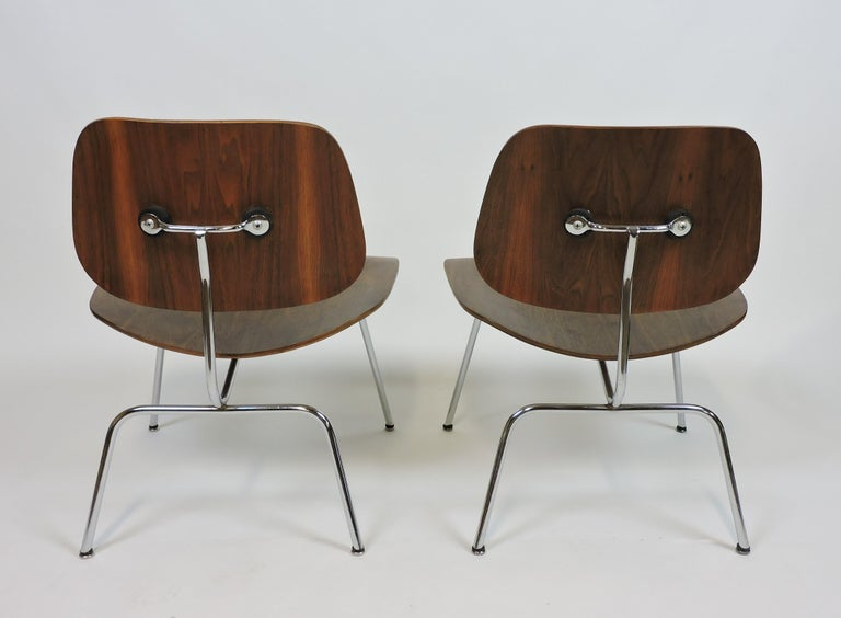 Mid-20th Century Early First Edition Eames Walnut LCM Chair for Evans For Sale
