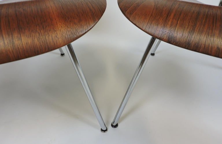 Early First Edition Eames Walnut LCM Chair for Evans For Sale 1