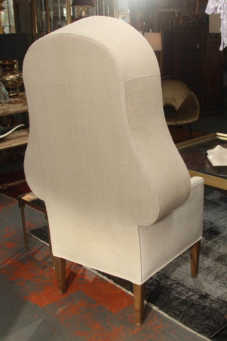 Early 20th Century Porters Chair in Antique Homespun Linen For Sale 4