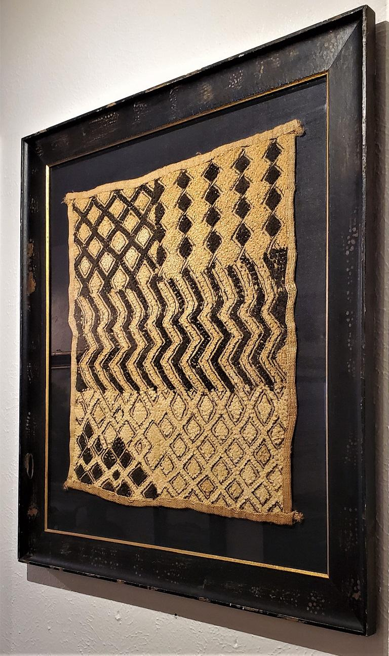 Early 20th Century Congolese Kuba Framed Textile For Sale 1