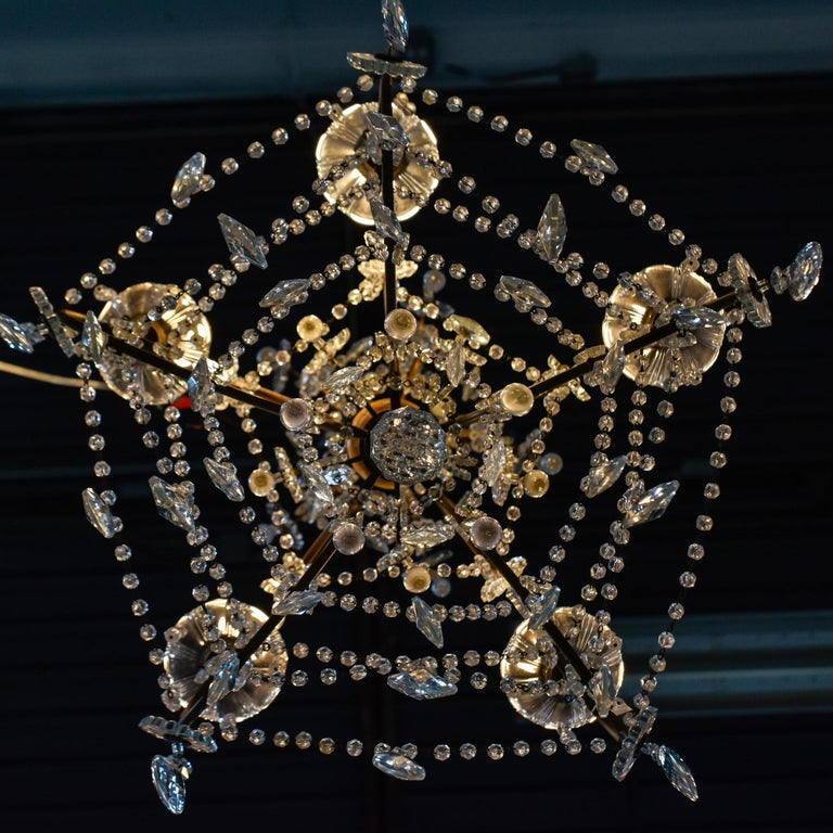 Early 20th Century Italian Five Light Crystal and Giltwood Chandelier For Sale 6