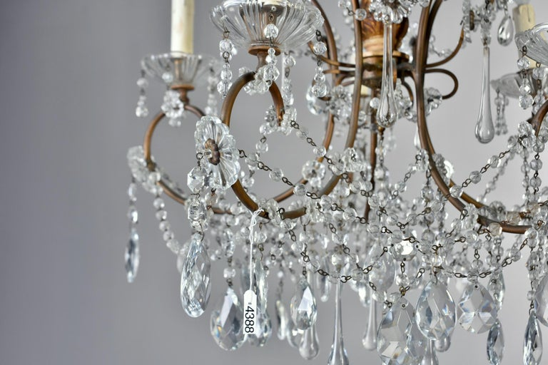 Early 20th Century Italian Five Light Crystal and Giltwood Chandelier For Sale 7