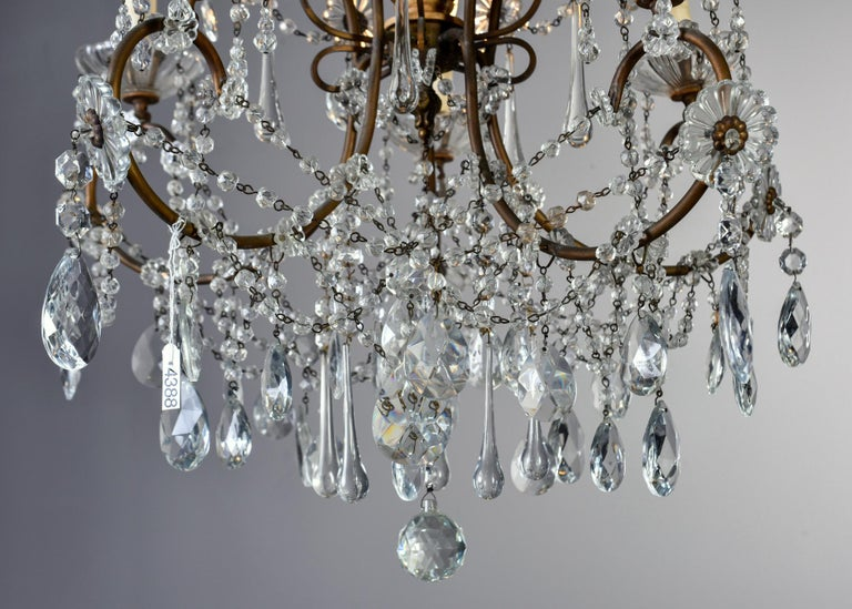 Early 20th Century Italian Five Light Crystal and Giltwood Chandelier For Sale 8