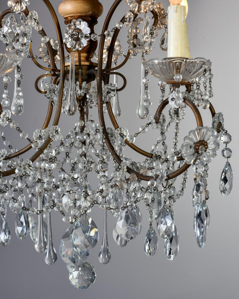 Metal Early 20th Century Italian Five Light Crystal and Giltwood Chandelier For Sale