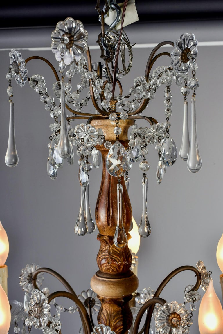 Early 20th Century Italian Five Light Crystal and Giltwood Chandelier For Sale 1