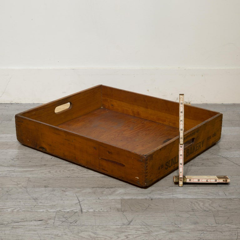 Industrial Early 20th Century Wooden Baker's Bread Tray with Dovetail Joints