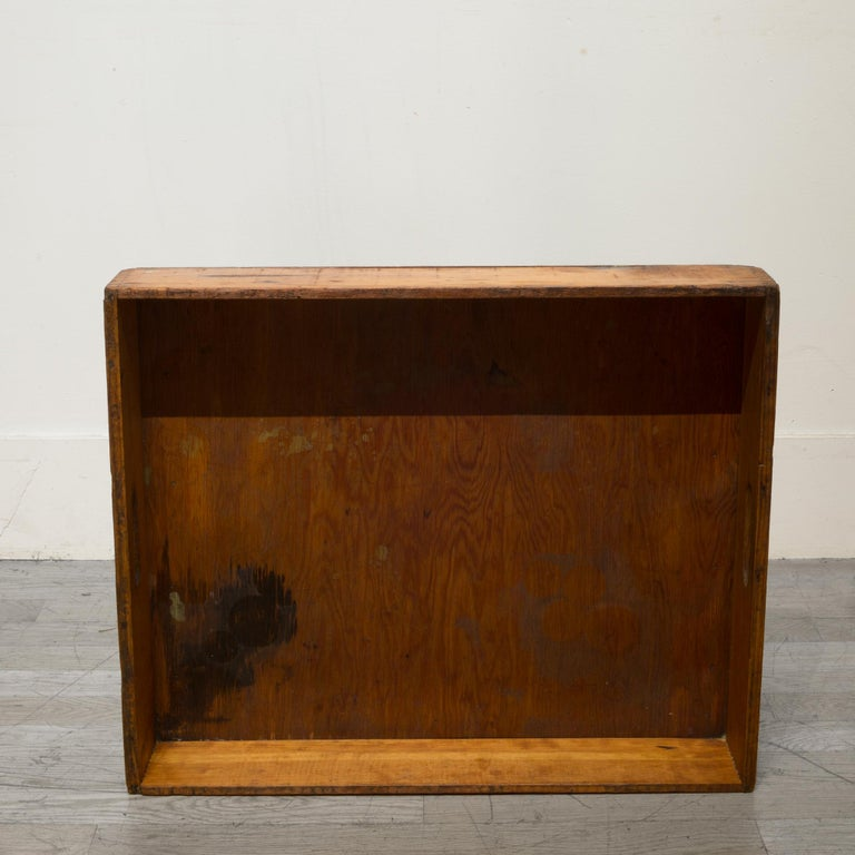 Early 20th Century Wooden Baker's Bread Tray with Dovetail Joints 3