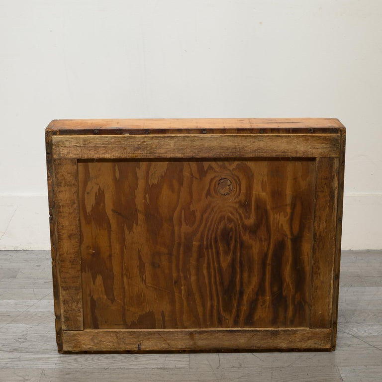 Early 20th Century Wooden Baker's Bread Tray with Dovetail Joints 4