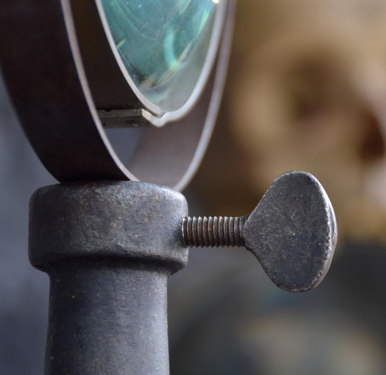 Early 20th Century Adjustable Jewelers Magnified Glass In Fair Condition For Sale In London, GB