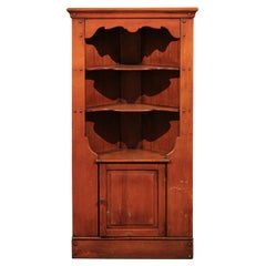 Early 20th Century American Cherry Corner Cabinet with Shelves and Single Door
