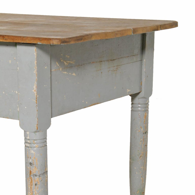 Maple Early 20th Century American Farm Table For Sale