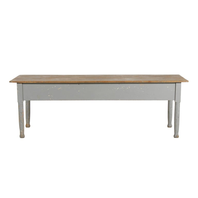 Early 20th Century American Farm Table For Sale 1
