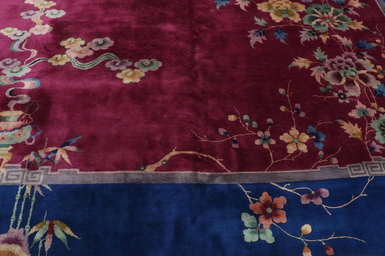 Early 20th Century Antique Chinese Art Deco Rug In Good Condition For Sale In Dallas, TX