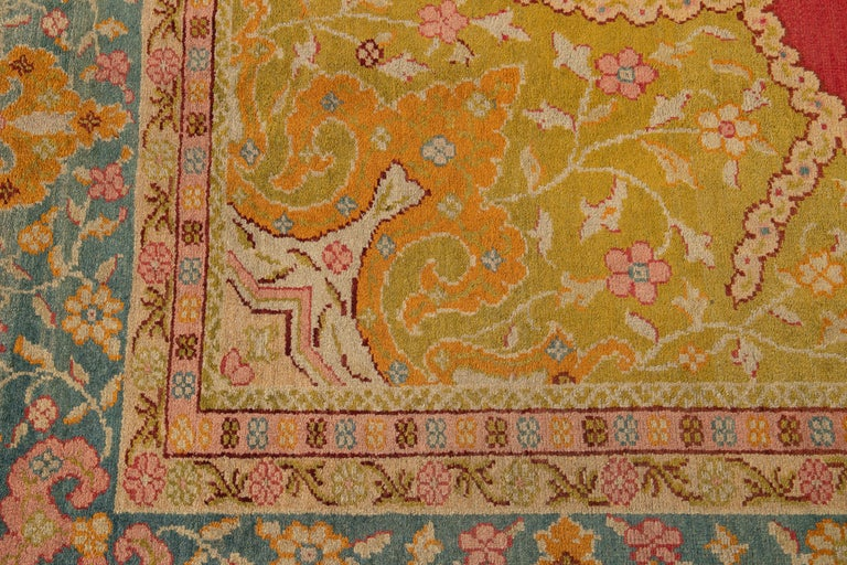 Early 20th Century Antique Turkish Oushak Wool Rug For Sale 7