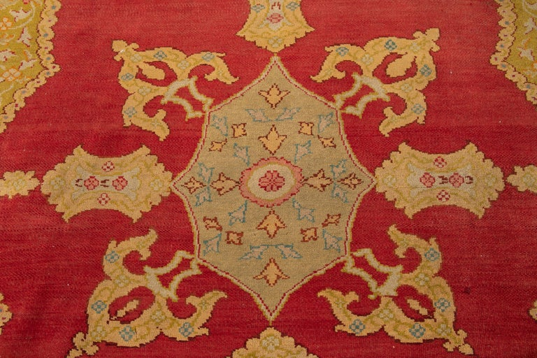 Early 20th Century Antique Turkish Oushak Wool Rug For Sale 11