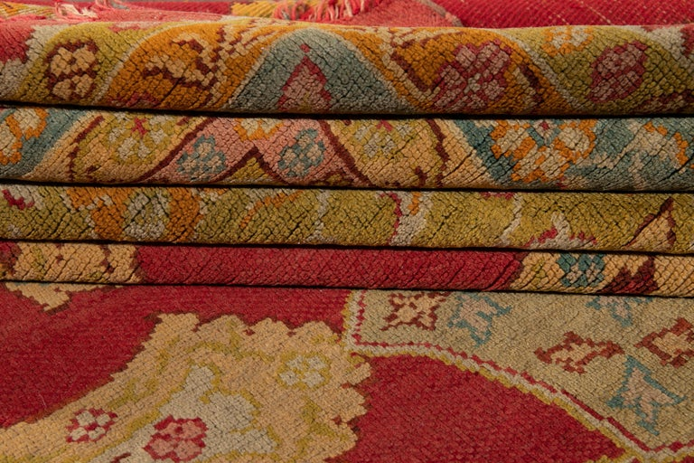 Early 20th Century Antique Turkish Oushak Wool Rug For Sale 1