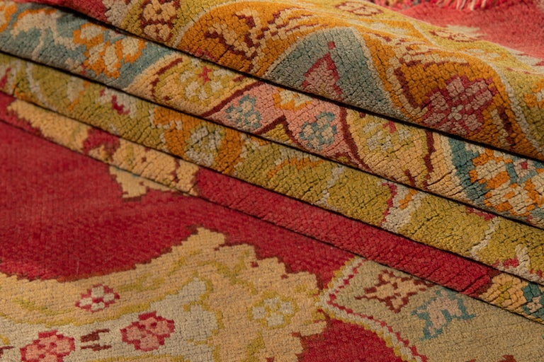 Early 20th Century Antique Turkish Oushak Wool Rug For Sale 2
