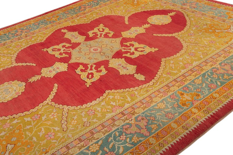 Early 20th Century Antique Turkish Oushak Wool Rug For Sale 4
