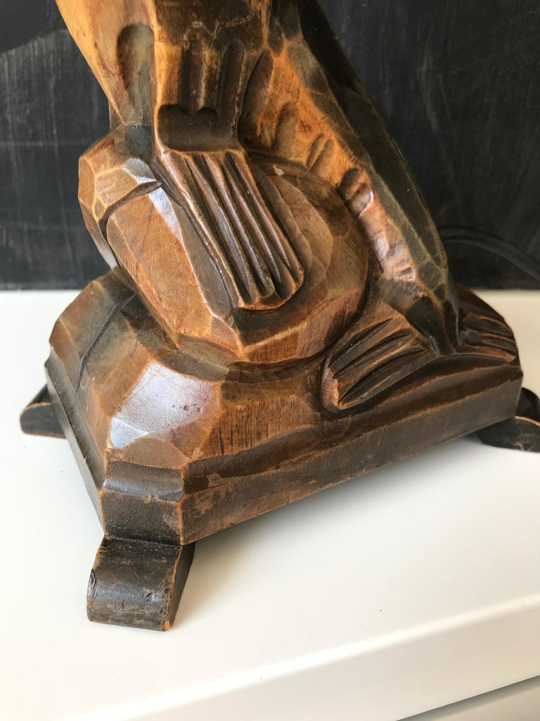 Early 20th Century Art Deco Hand Carved Wooden Seal, Sea Lion Table or Desk Lamp For Sale 3