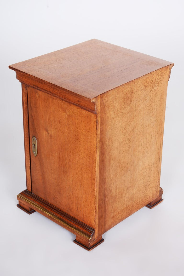 Early 20th Century Art Deco Jewelry Box, Walnut, Czechia 'Bohemia', 1920s For Sale 8