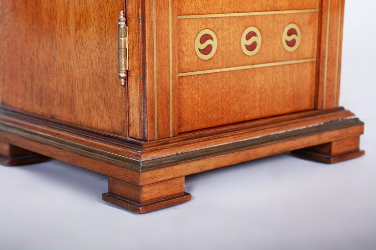 Early 20th Century Art Deco Jewelry Box, Walnut, Czechia 'Bohemia', 1920s For Sale 4