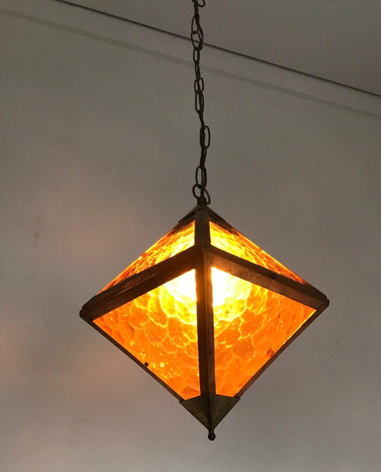Early 20th Century Arts & Crafts Copper and Glass Cube Shape Pendant Light Lamp For Sale 5