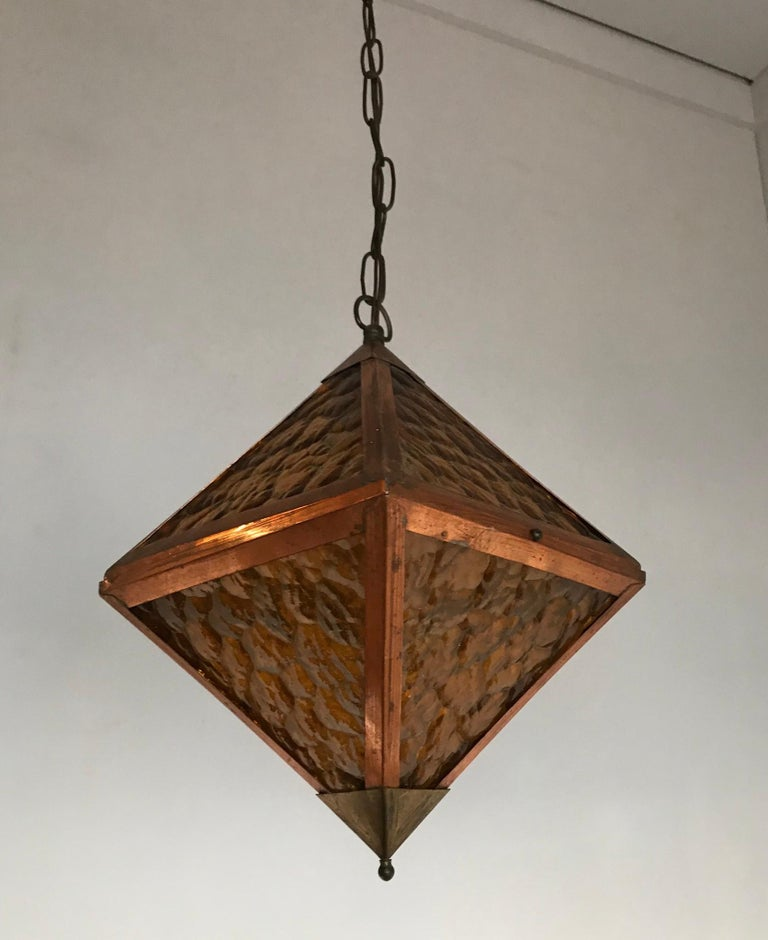 Early 20th Century Arts & Crafts Copper and Glass Cube Shape Pendant Light Lamp For Sale 6