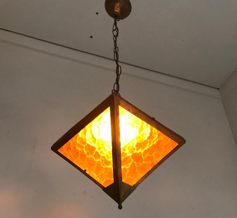 Early 20th Century Arts & Crafts Copper and Glass Cube Shape Pendant Light Lamp For Sale 7